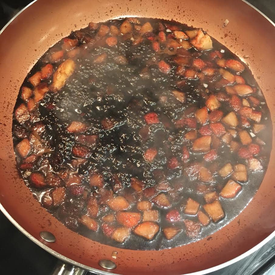 simmering strawberry sauce